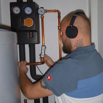 Horchgerät zur Elektroakustikortung